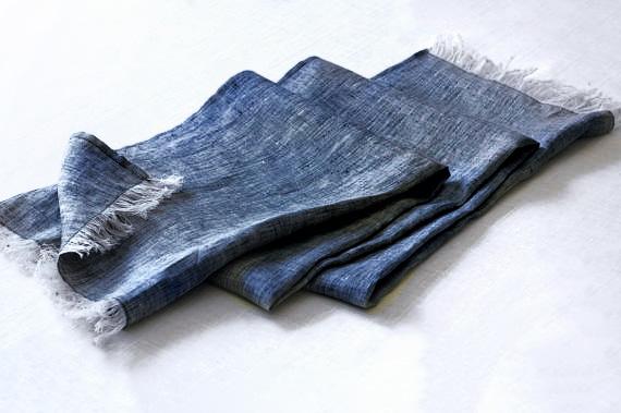 23-scarf-male-model
